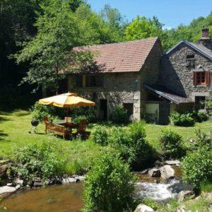 Natuurhuisje in Saint priest des champs - 8 personen - Auvergne